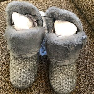 Womens SONOMA Sweater Bootie Slippers SzM(7/8)BNWT